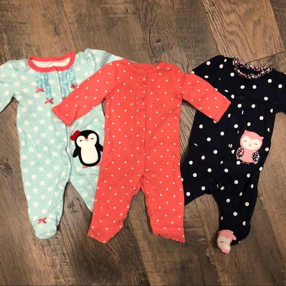 Carter s Other - Bundle of 3 Newborn Sleepers 5af092397